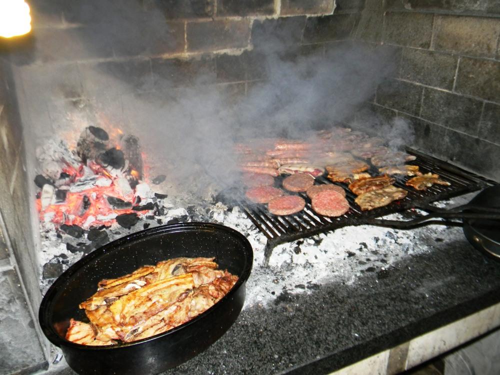 Konoba Skojera Trpanj Croatia Grilled meat and calamari